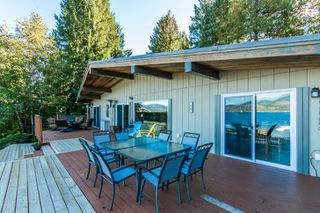 Photo 21: 697 Viel Road in Sorrento: WATERFRONT House for sale : MLS®# 10155772