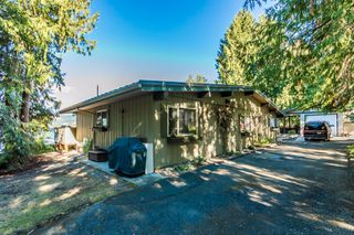 Photo 8: 697 Viel Road in Sorrento: WATERFRONT House for sale : MLS®# 10155772