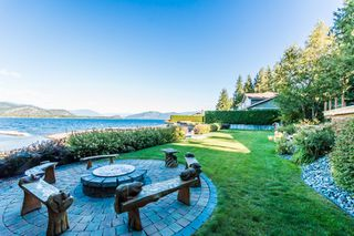 Photo 28: 697 Viel Road in Sorrento: WATERFRONT House for sale : MLS®# 10155772