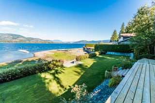 Photo 24: 697 Viel Road in Sorrento: WATERFRONT House for sale : MLS®# 10155772