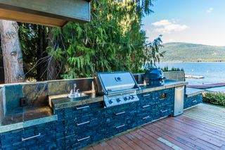 Photo 23: 697 Viel Road in Sorrento: WATERFRONT House for sale : MLS®# 10155772