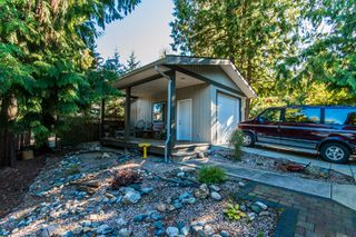 Photo 12: 697 Viel Road in Sorrento: WATERFRONT House for sale : MLS®# 10155772