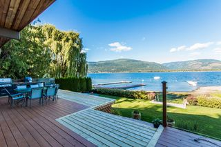 Photo 19: 697 Viel Road in Sorrento: WATERFRONT House for sale : MLS®# 10155772