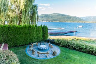Photo 29: 697 Viel Road in Sorrento: WATERFRONT House for sale : MLS®# 10155772