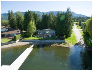 Photo 46: 697 Viel Road in Sorrento: WATERFRONT House for sale : MLS®# 10155772