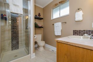 Photo 16: 9698 151 STREET in Surrey: Guildford House for sale (North Surrey)  : MLS®# R2104049