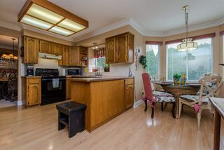 Photo 10: 9698 151 STREET in Surrey: Guildford House for sale (North Surrey)  : MLS®# R2104049
