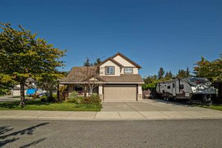 Photo 1: 33685 VERES TERRACE in Mission: Mission BC House for sale : MLS®# R2113271