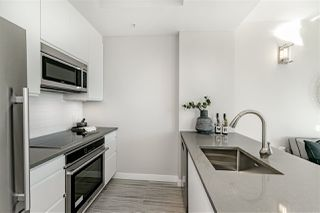 "Photo 7: 2804 1200 ALBERNI Street in Vancouver: West End VW Condo for sale in ""Palisades"" (Vancouver West)  : MLS®# R2417968"