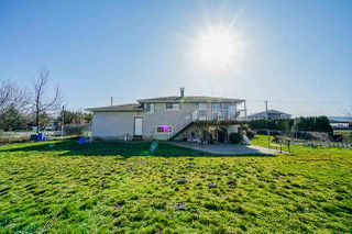 Photo 11: 35563 VYE Road in Abbotsford: Poplar House for sale : MLS®# R2428010