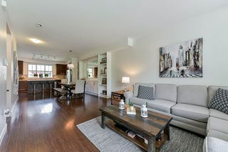 """Photo 6: 44 9525 204 Street in Langley: Walnut Grove Townhouse for sale in """"TIME"""" : MLS®# R2431069"""
