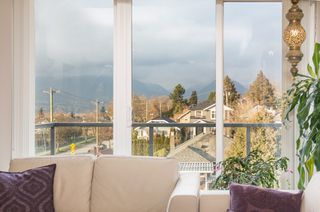 "Photo 2: PH6 388 KOOTENAY Street in Vancouver: Hastings Sunrise Condo for sale in ""View 388"" (Vancouver East)  : MLS®# R2436652"
