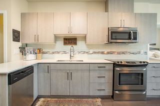 "Photo 4: PH6 388 KOOTENAY Street in Vancouver: Hastings Sunrise Condo for sale in ""View 388"" (Vancouver East)  : MLS®# R2436652"