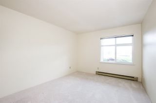 "Photo 14: 204 1220 FIR Street: White Rock Condo for sale in ""Vista Pacifica"" (South Surrey White Rock)  : MLS®# R2447004"