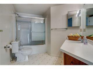 "Photo 27: 201 378 ESPLANADE Avenue: Harrison Hot Springs Condo for sale in ""Laguna Beach"" : MLS®# R2455602"