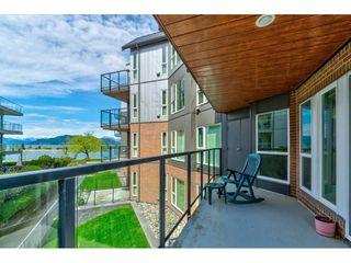"Photo 3: 201 378 ESPLANADE Avenue: Harrison Hot Springs Condo for sale in ""Laguna Beach"" : MLS®# R2455602"