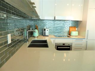 Photo 7: 3109 10360 102 Street NW in Edmonton: Zone 12 Condo for sale : MLS®# E4219463