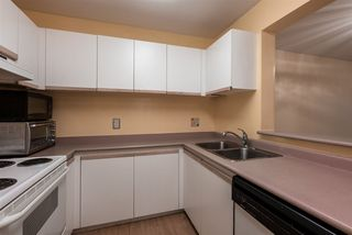 """Photo 5: 106 55 BLACKBERRY Drive in New Westminster: Fraserview NW Condo for sale in """"QUEENS PARK PLACE"""" : MLS®# R2528955"""
