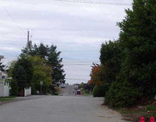 Photo 3: 947 ASH ST: White Rock Land for sale (South Surrey White Rock)  : MLS®# F2522375