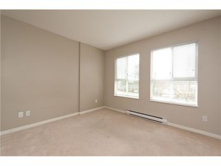 """Photo 7: 330 528 ROCHESTER Avenue in Coquitlam: Coquitlam West Condo for sale in """"THE AVE"""" : MLS®# V939097"""