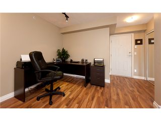"""Photo 5: 330 528 ROCHESTER Avenue in Coquitlam: Coquitlam West Condo for sale in """"THE AVE"""" : MLS®# V939097"""