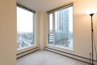 "Photo 10: 508 555 ABBOTT Street in Vancouver: Downtown VW Condo for sale in ""PARIS PLACE"" (Vancouver West)  : MLS®# V985297"