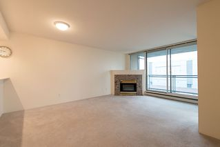 "Photo 2: 508 555 ABBOTT Street in Vancouver: Downtown VW Condo for sale in ""PARIS PLACE"" (Vancouver West)  : MLS®# V985297"