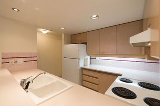 "Photo 15: 508 555 ABBOTT Street in Vancouver: Downtown VW Condo for sale in ""PARIS PLACE"" (Vancouver West)  : MLS®# V985297"