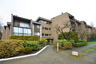 """Photo 12: 317 9101 HORNE Street in Burnaby: Government Road Condo for sale in """"WOODSTONE"""" (Burnaby North)  : MLS®# V988687"""