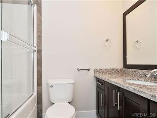 Photo 11: 103 982 Rattanwood Pl in VICTORIA: La Happy Valley Row/Townhouse for sale (Langford)  : MLS®# 635443