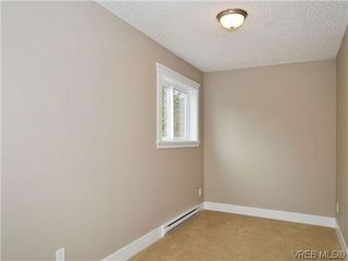 Photo 15: 103 982 Rattanwood Pl in VICTORIA: La Happy Valley Row/Townhouse for sale (Langford)  : MLS®# 635443