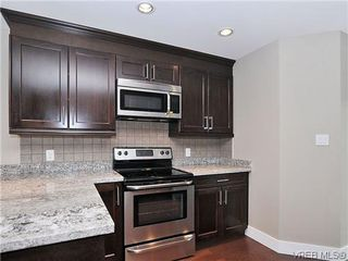 Photo 7: 103 982 Rattanwood Pl in VICTORIA: La Happy Valley Row/Townhouse for sale (Langford)  : MLS®# 635443