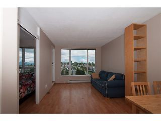 """Photo 5: 909 5189 GASTON Street in Vancouver: Collingwood VE Condo for sale in """"THE MAEGREGOR"""" (Vancouver East)  : MLS®# V1026478"""
