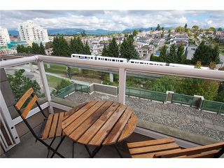 """Photo 9: 909 5189 GASTON Street in Vancouver: Collingwood VE Condo for sale in """"THE MAEGREGOR"""" (Vancouver East)  : MLS®# V1026478"""