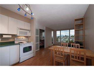 """Photo 3: 909 5189 GASTON Street in Vancouver: Collingwood VE Condo for sale in """"THE MAEGREGOR"""" (Vancouver East)  : MLS®# V1026478"""