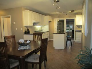 Photo 2: 3 Maple Avenue in Dauphin: Residential for sale