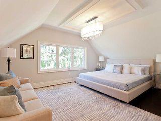 Photo 8: 142 Hilton Avenue in Toronto: Casa Loma Freehold for sale (Toronto C02)  : MLS®# C2742017
