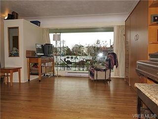 Photo 3: 940 Green Street in VICTORIA: Vi Central Park Residential for sale (Victoria)  : MLS®# 331011