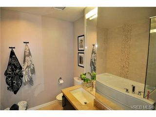 Photo 10: 307 373 Tyee Road in VICTORIA: VW Victoria West Residential for sale (Victoria West)  : MLS®# 324495