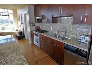 Photo 4: 307 373 Tyee Road in VICTORIA: VW Victoria West Residential for sale (Victoria West)  : MLS®# 324495