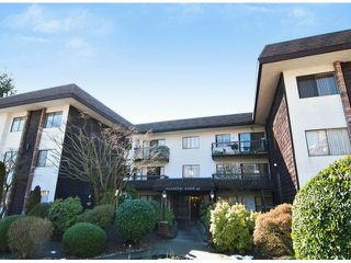 Photo 1: # 205 175 E 5TH ST in North Vancouver: Lower Lonsdale Condo for sale : MLS®# V1049597