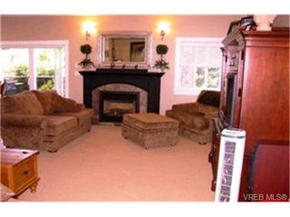 Photo 2:  in VICTORIA: La Thetis Heights House for sale (Langford)  : MLS®# 375829