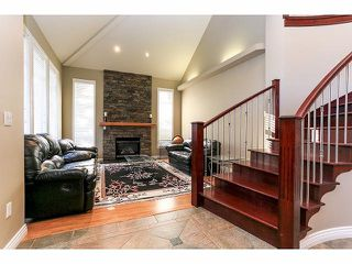 Photo 2: 15071 76A Avenue in Surrey: East Newton House for sale : MLS®# F1421243