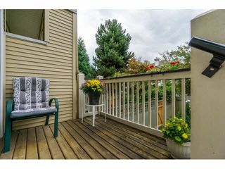 Photo 2: 17 8383 159 Street in : Fleetwood Tynehead Townhouse for sale (Surrey)  : MLS®# F1448845