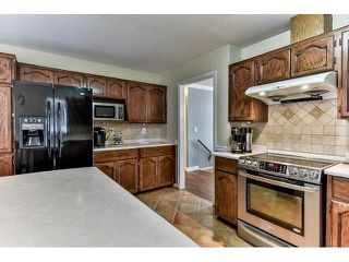 Photo 7: 15825 97A AVENUE in Surrey: Guildford House for sale (North Surrey)  : MLS®# R2047825