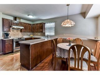 Photo 9: 15825 97A AVENUE in Surrey: Guildford House for sale (North Surrey)  : MLS®# R2047825
