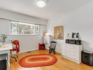 Photo 12: 974 BELVEDERE DRIVE in North Vancouver: Canyon Heights NV House for sale : MLS®# R2106348