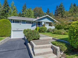 Photo 1: 974 BELVEDERE DRIVE in North Vancouver: Canyon Heights NV House for sale : MLS®# R2106348