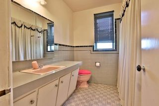 Photo 17: 126 Baycrest Ave in Toronto: Englemount-Lawrence Freehold for sale (Toronto C04)  : MLS®# C3610679