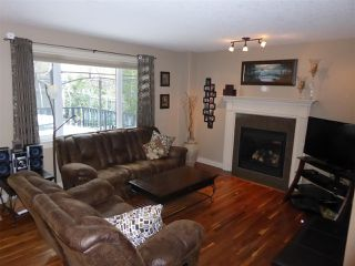 Photo 2: 934 HOPE WY NW in Edmonton: Zone 58 House for sale : MLS®# E4041259
